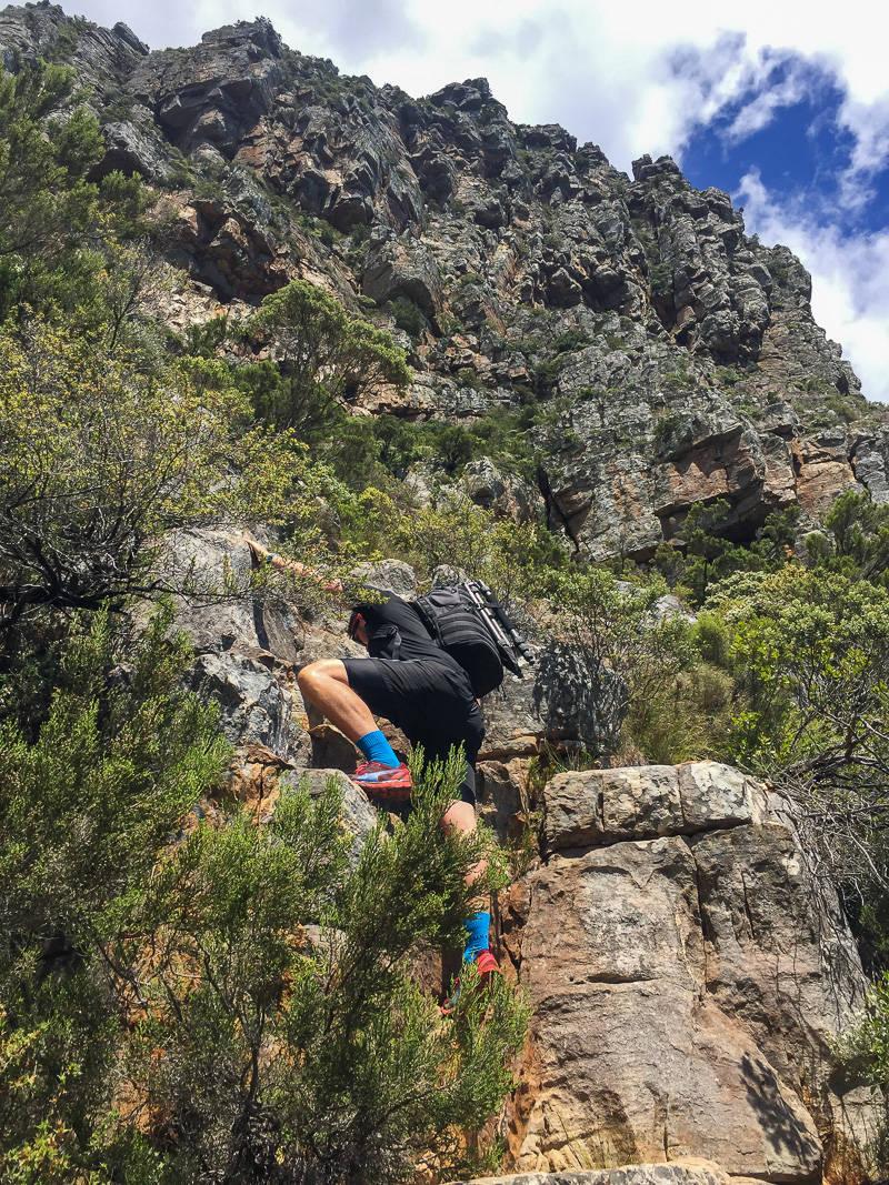 diagonal-cave-hike-2