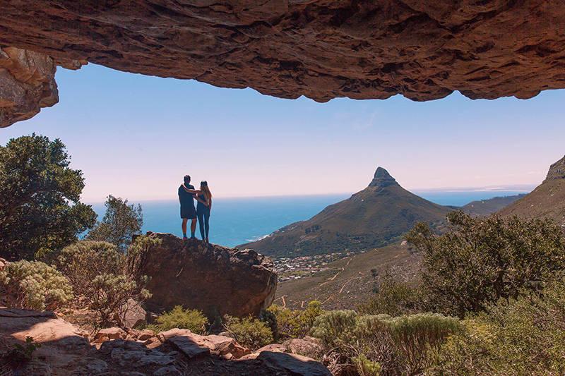 diagonal-cave-couple-shot